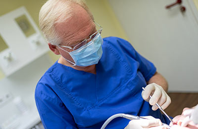 Zahnarzt Ansbach Dr. Bitter Zahnarztpraxis Chirurgie